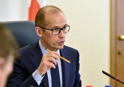 Ветер перемен от Бречалова: увольняет чиновников и продвигает соцсети