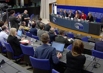 Брюссель требует от Будапешта невозможного