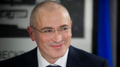 СМИ: Ходорковский финансировал Навального и «Медузу»